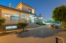 Villa in Mutxamiel - Fidalsa Grand White House